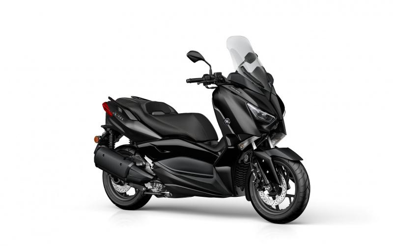 Yamaha XMAX 300 IRON MAX